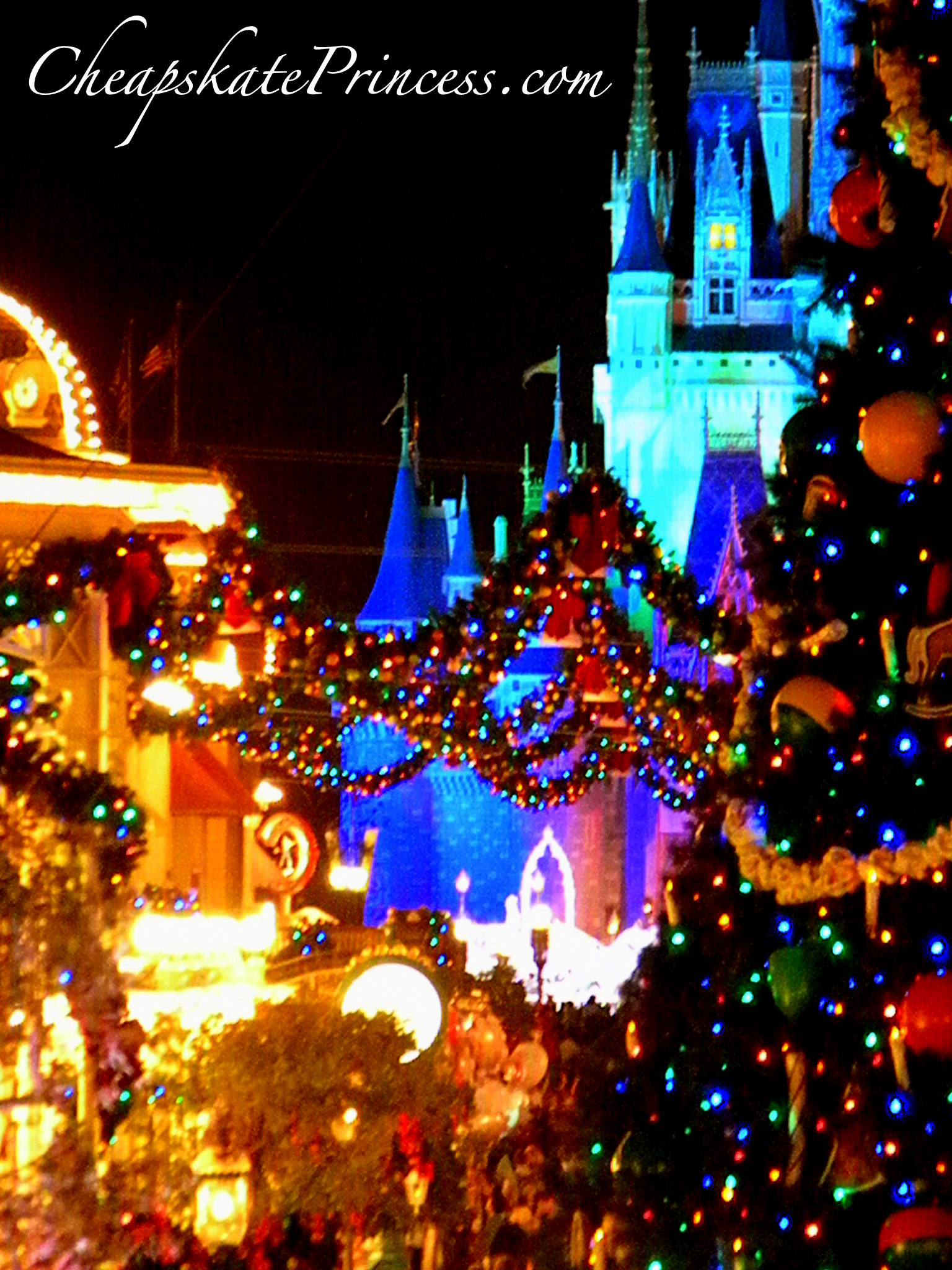 christmas at disney world - When Is Disney World Decorated For Christmas