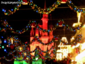 Disney snow on Main Street, snow at WDW, snow on Main Street U.S.A., Disney snow,