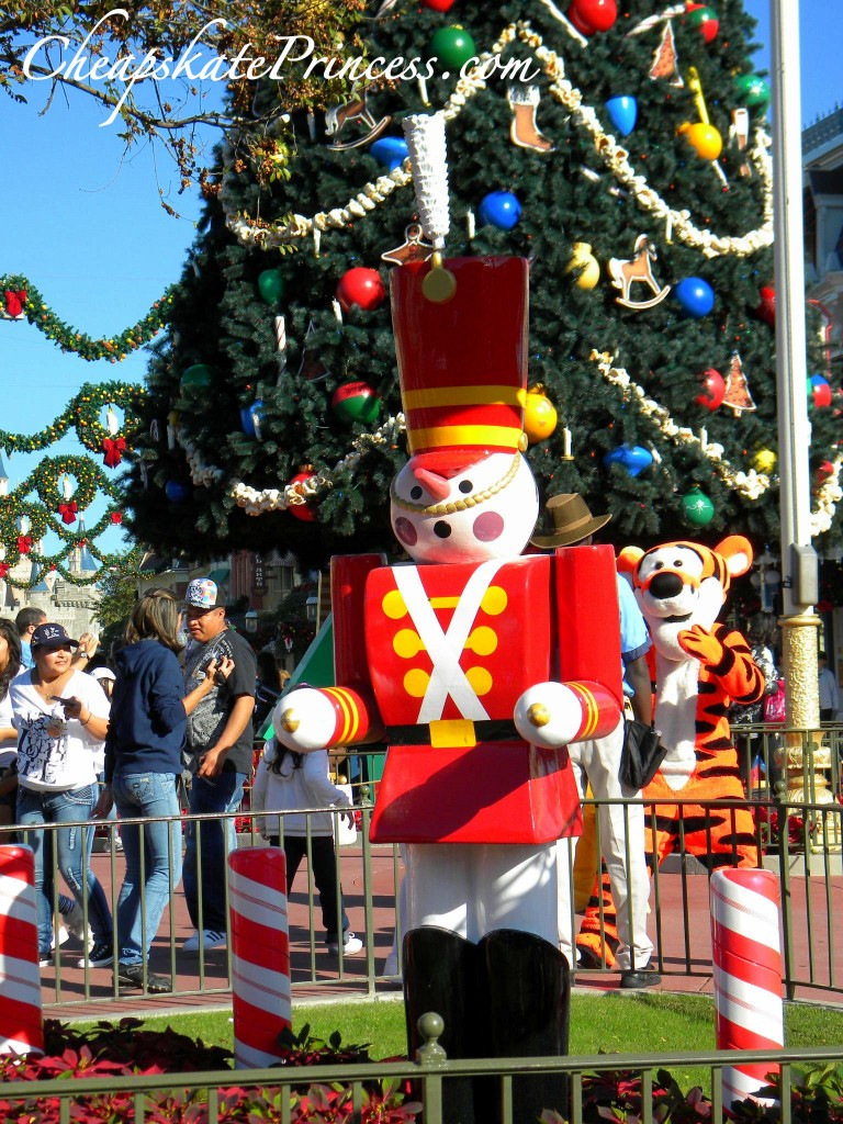 Toys At Christmas : Fun facts about disney world christmas decorations