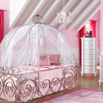 If You Can't Stay in Disney World's Cinderella Suite, Can You Afford a Disney Princess Bedroom?